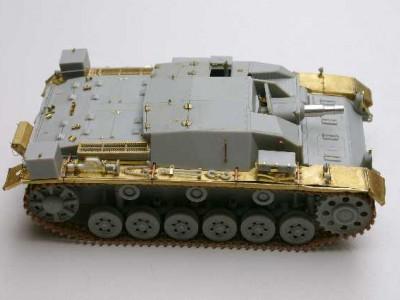 1:35 - Sturmgeschutz III, Ausf.A from Dragon - 10