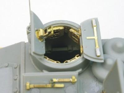 1:35 - Soviet tank destroyer SU100 -from Dragon model - 16