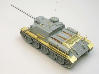 1:35 - Soviet tank destroyer SU100 -from Dragon model - 5