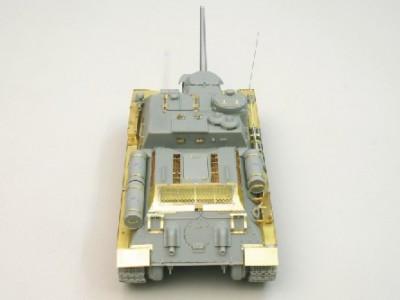 1:35 - Soviet tank destroyer SU100 -from Dragon model - 6