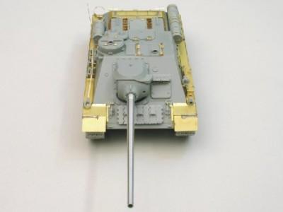 1:35 - Soviet tank destroyer SU100 -from Dragon model - 3
