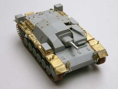 1:35 - Sturmgeschutz III, Ausf.A from Dragon - 8