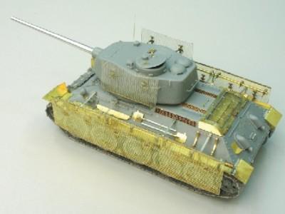 1:35 - Soviet medium tank T-34/85 - 2
