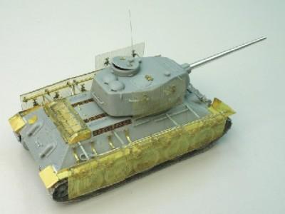 1:35 - Soviet medium tank T-34/85 - 4