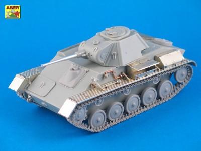 1:35 - T-70 - Soviet light tank  - 2