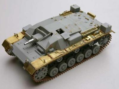 1:35 - Sturmgeschutz III, Ausf.A from Dragon - 6