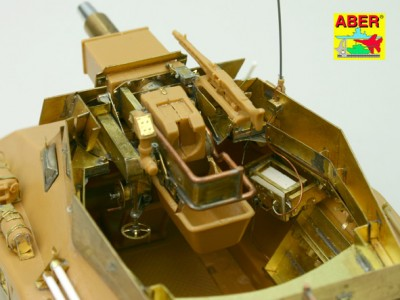 1:35 - Sd.Kfz.234/3 Heavy Armoured Car from Italeri - 29