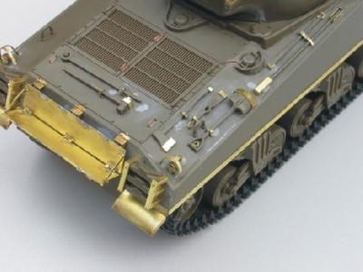 1:35 - Sherman M4 A1 from Tamiya - 9