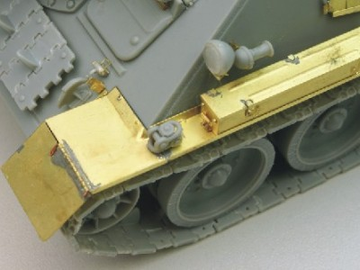 1:35 - Soviet tank destroyer SU100 -from Dragon model - 17