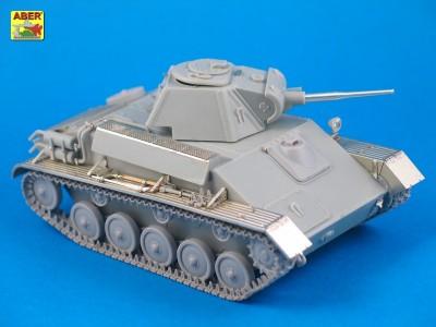 1:35 - T-70 - Soviet light tank  - 5