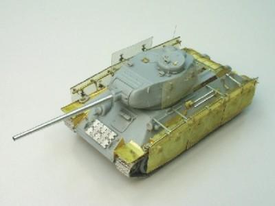 1:35 - Soviet medium tank T-34/85 - 7