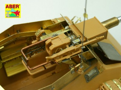 1:35 - Sd.Kfz.234/3 Heavy Armoured Car from Italeri - 23