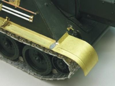 1:35 - Soviet tank destroyer SU122 - 15